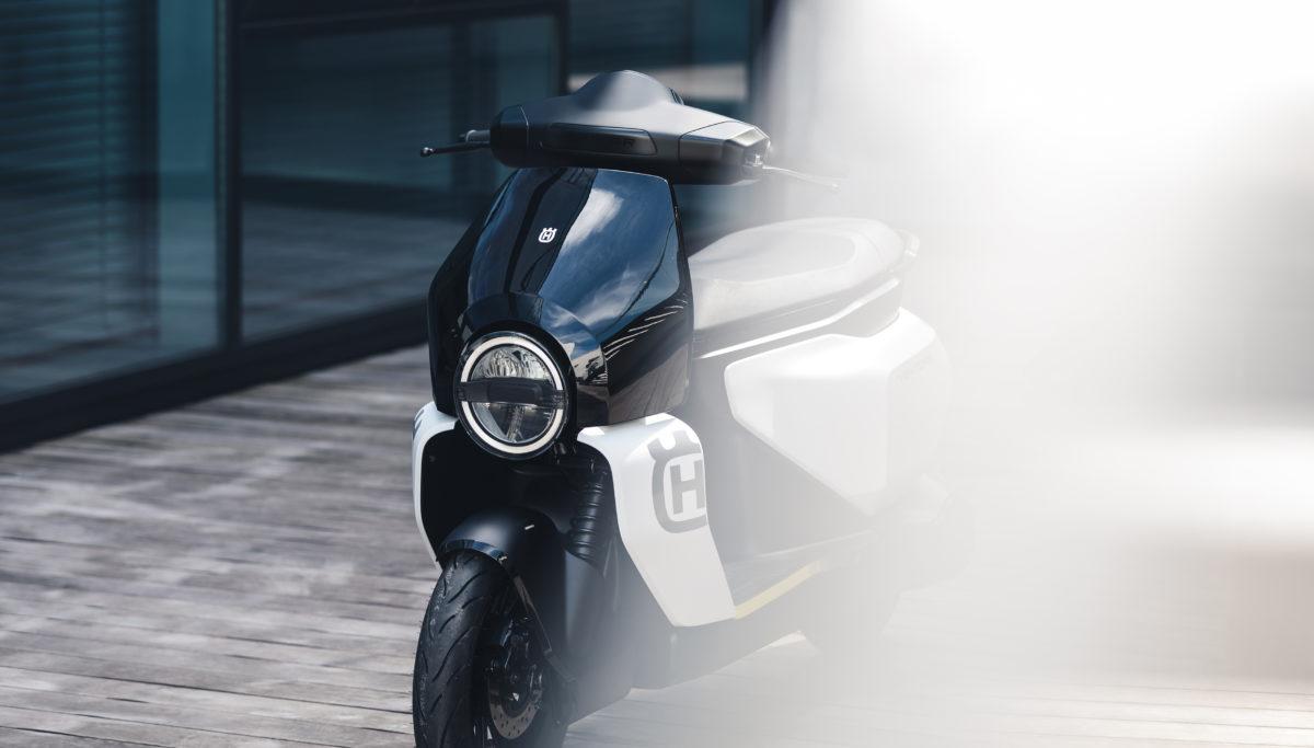 Husqvarna e-mobility VEKTORR e-scooter concept front 3/4 view