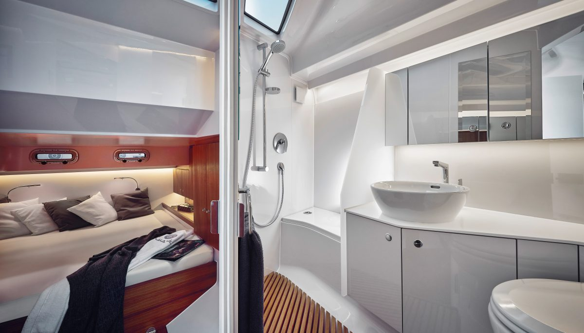 Frauscher 1414 Demon bedroom and bathroom interior design