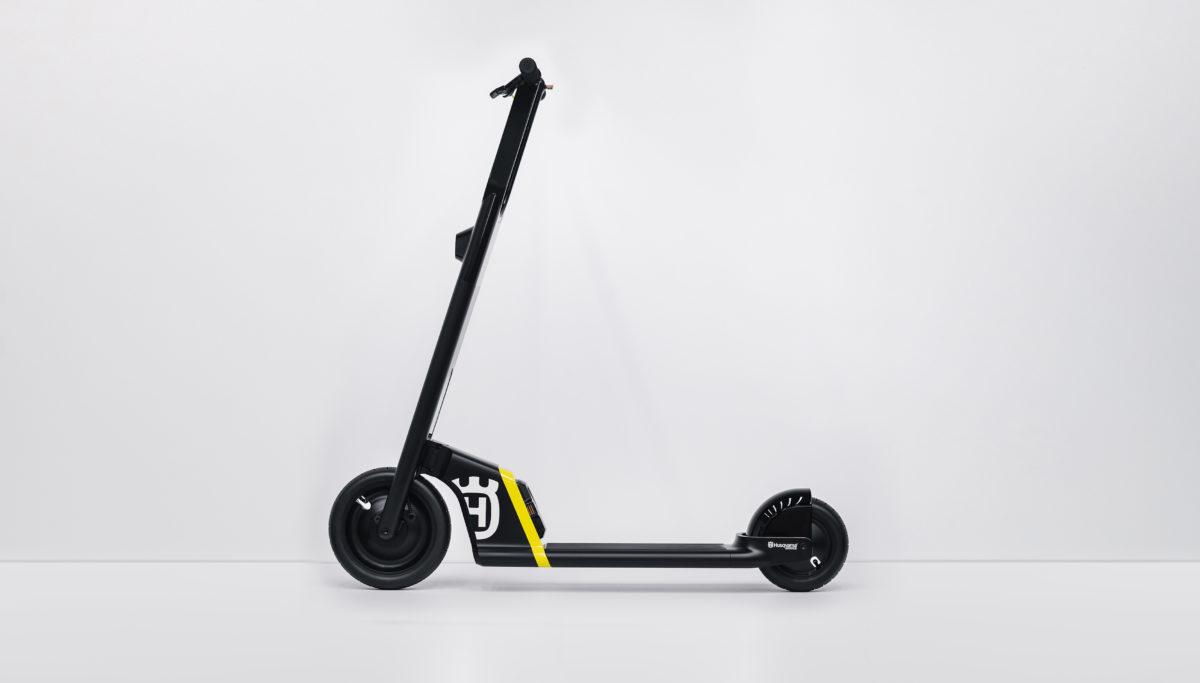 Husqvarna e-mobility BLTZ e-scooter concept side view