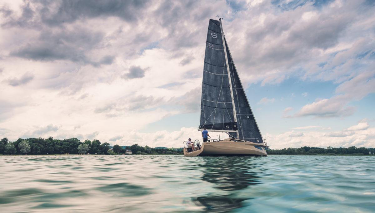 Sunbeam 32.1 yacht designed by KISKA in landscape crop