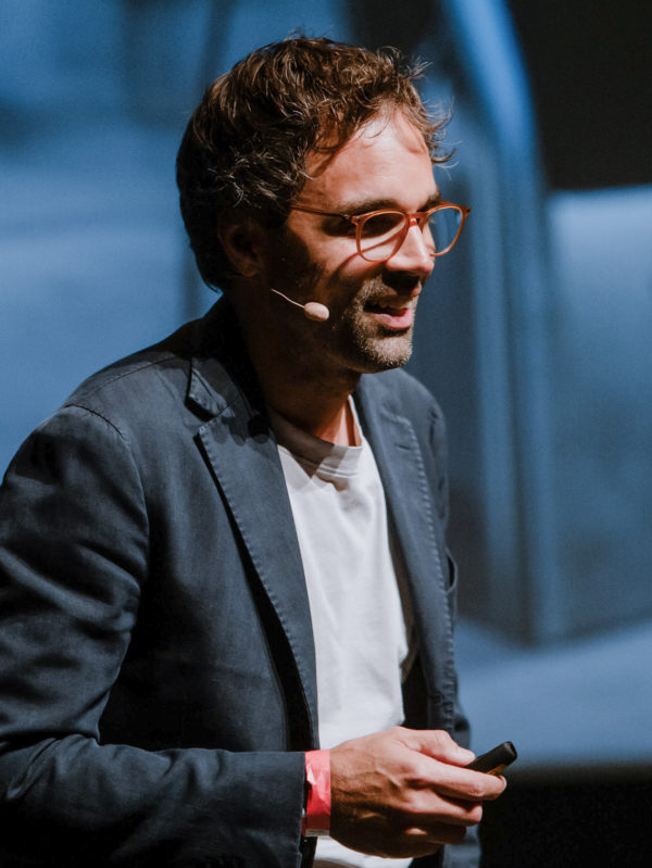 Julian Herget speaking at Junge Wirtschaft